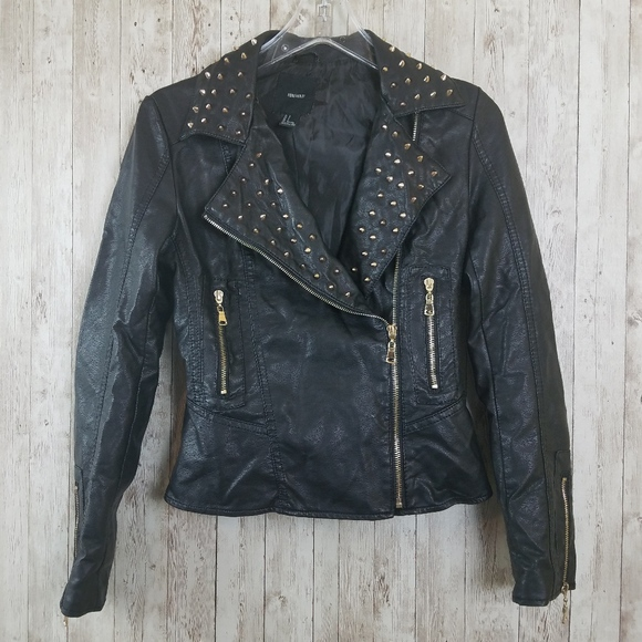 Forever 21 Jackets & Blazers - Forever21 Studded Faux Leather Black Jacket Size S